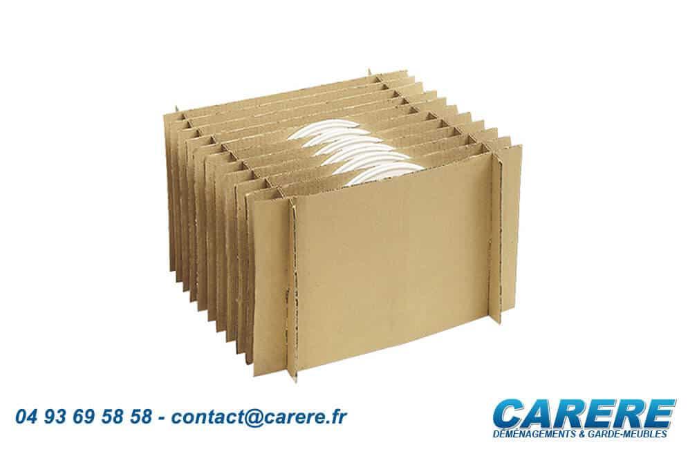 carere-materiel-carton-assiete