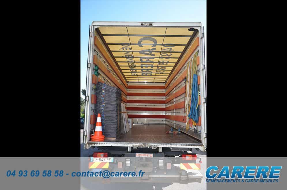 carere-vehicule-caisse-capitonnee